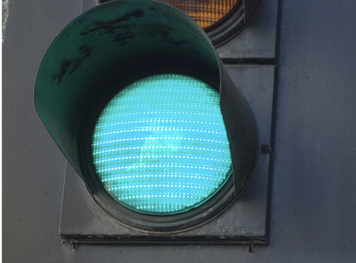 Keep pecking the green light
