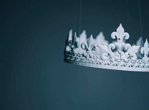 Should the Bond King keep his crown?